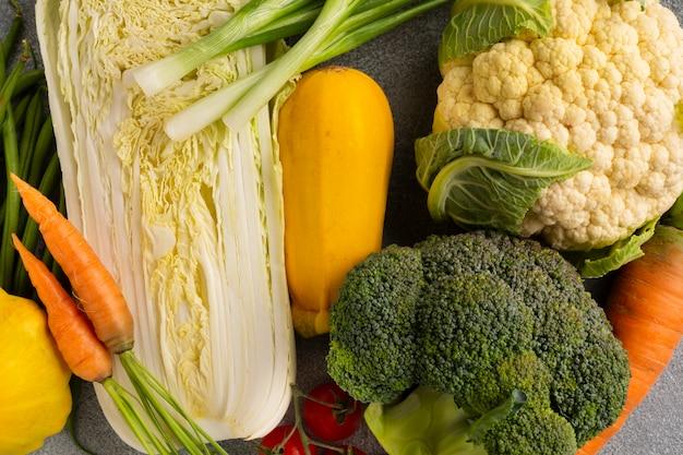 Vue de dessus de l'assortiment de légumes
