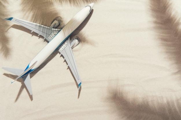 Vue de dessus d'un avion blanc