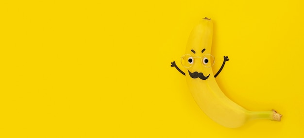 Vue de dessus banane avec espace copie