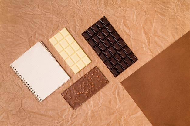 Vue de dessus de barres de chocolat