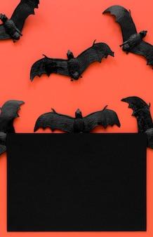 Vue de dessus des chauves-souris d'halloween effrayantes