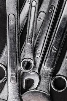 Vue de dessus des clés métalliques