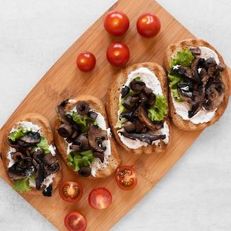 Vue de dessus composition de délicieux sandwichs