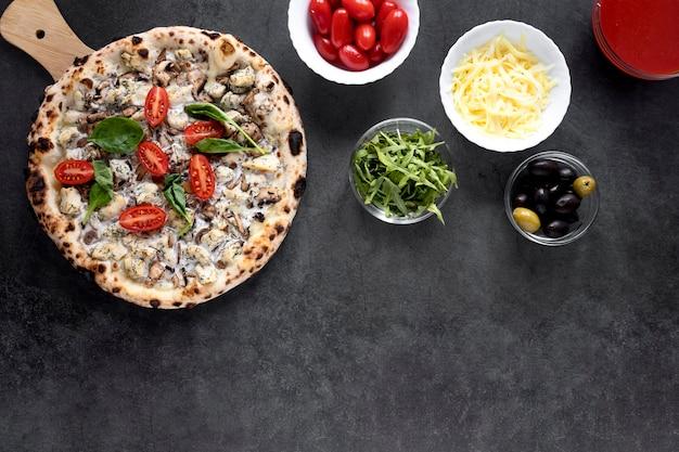 Vue de dessus de la composition de la nourriture italienne