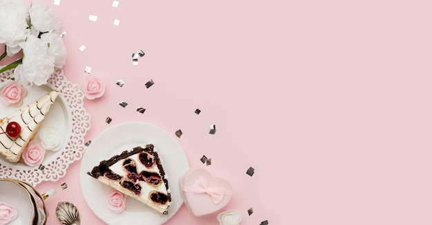 Vue de dessus délicieux arrangement de gâteau