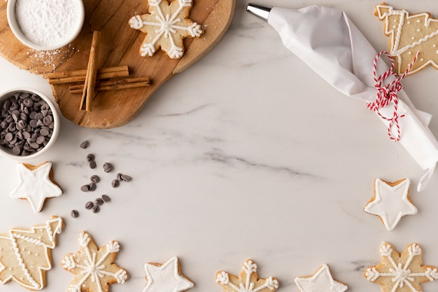 Vue de dessus de délicieux cookies avec espace copie