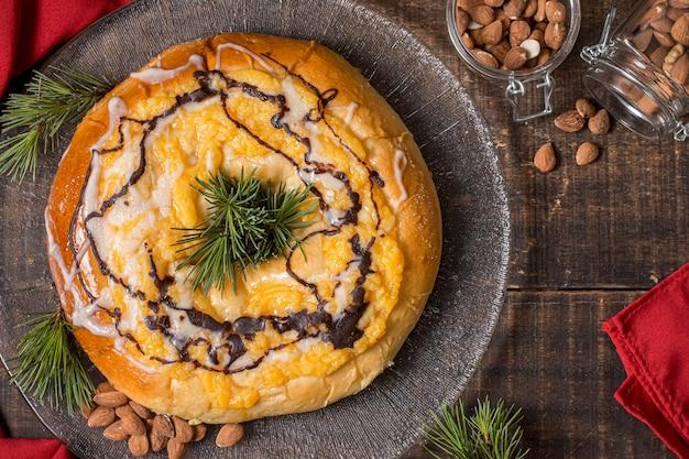 Vue de dessus délicieux gâteau de jour de l'épiphanie avec espace copie