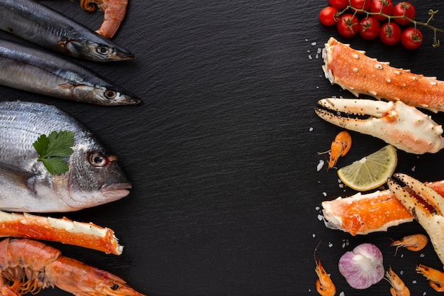 Vue de dessus délicieux mélange de fruits de mer