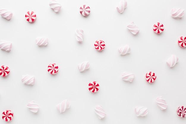 Vue de dessus de délicieux petits bonbons