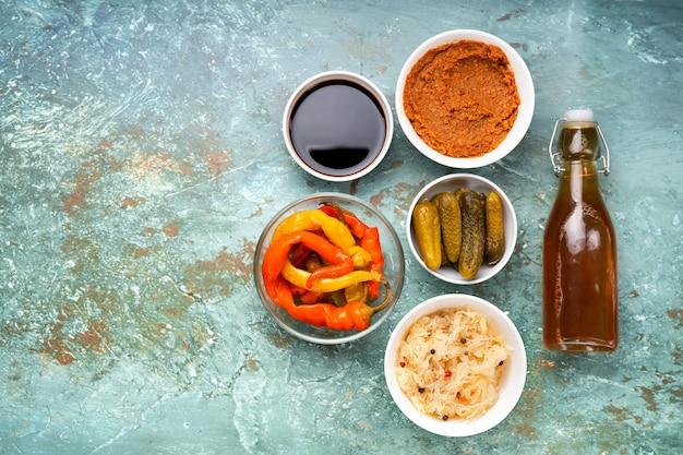 Vue de dessus de divers aliments fermentés