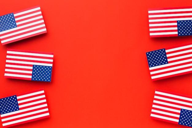 Vue de dessus des drapeaux américains