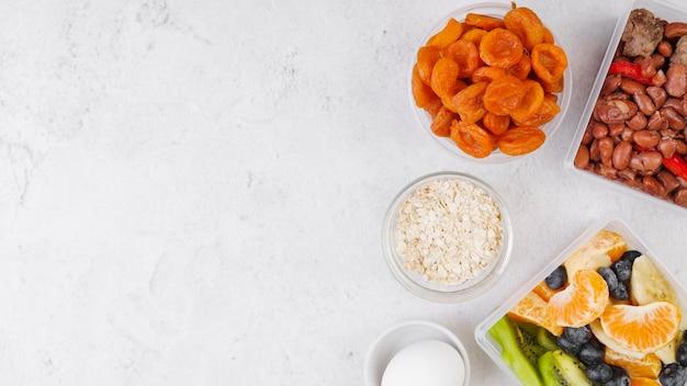 Vue de dessus du concept alimentaire avec espace copie