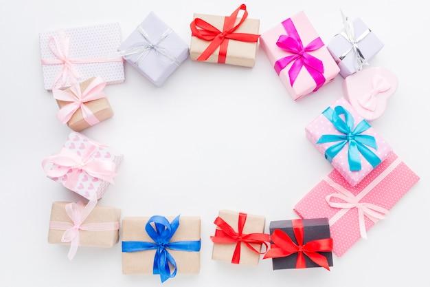Vue de dessus du concept de cadre de coffrets cadeaux