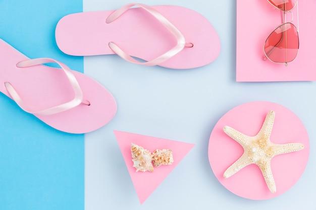 Vue de dessus du concept d'été avec des accessoires de plage