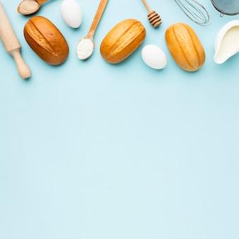 Vue de dessus du concept de pain délicieux avec espace copie