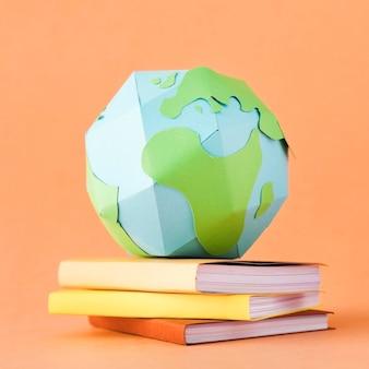 Vue de dessus du concept de terre de papier