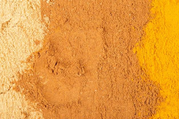 Vue de dessus du fond texturé de poudre de cannelle