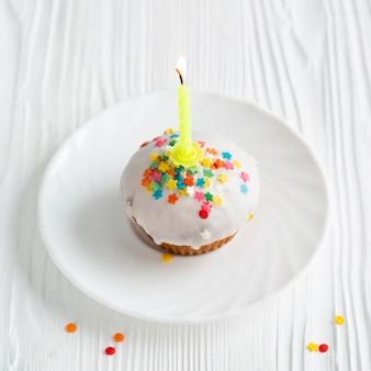 Vue de dessus du petit gâteau glacé