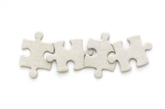 Vue de dessus du puzzle sur fond blanc