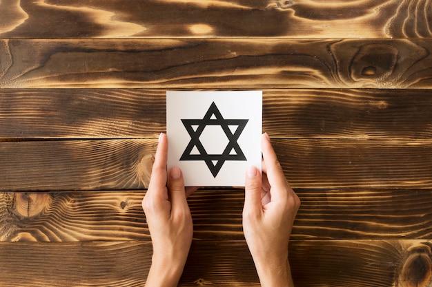 Vue de dessus du symbole de l'étoile de david religieux