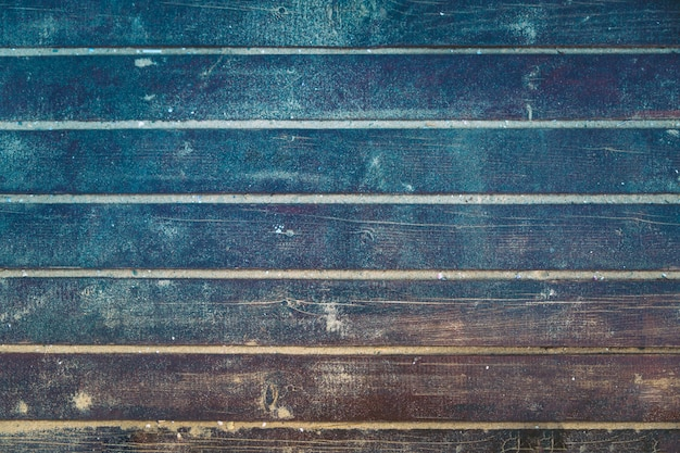 Vue de dessus du vieux plancher en bois grunge. tonique.