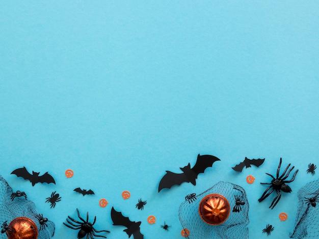 Vue de dessus des éléments d'halloween avec espace copie