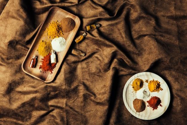 Vue de dessus des épices indiennes exotiques