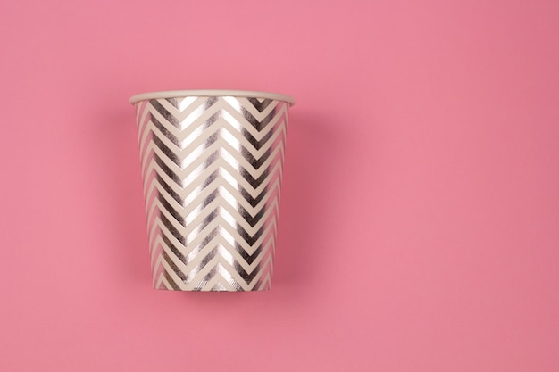 Vue de dessus fond tasse de papier rose