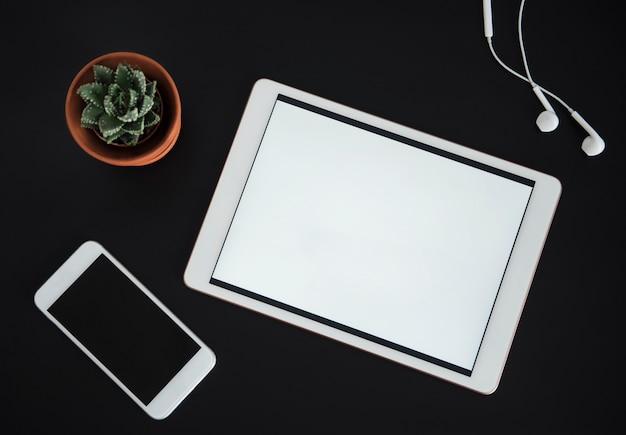 Vue de dessus des fournitures de bureau d'affaires. concept d'entreprise. espace de travail de bureau à domicile.
