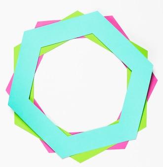 Vue de dessus hexagone de papier coloré