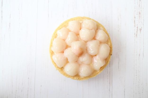 Vue de dessus mini gâteau aux fruits sucré