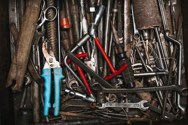 Vue de dessus de nombreux outils