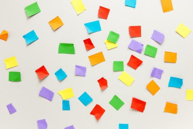 Vue de dessus des notes autocollantes colorées
