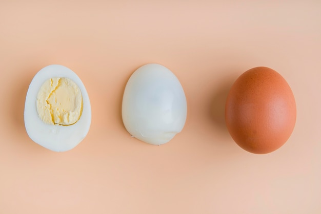 Vue de dessus des œufs durs