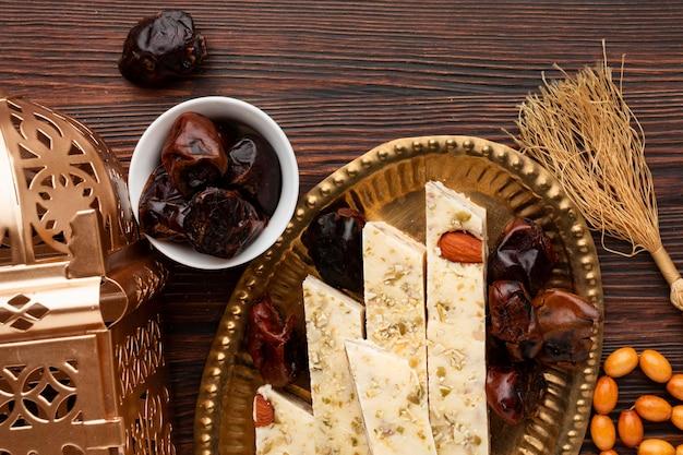 Vue de dessus des pâtisseries du nouvel an islamique