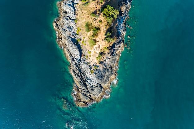 Vue de dessus paysage de belle mer tropicale
