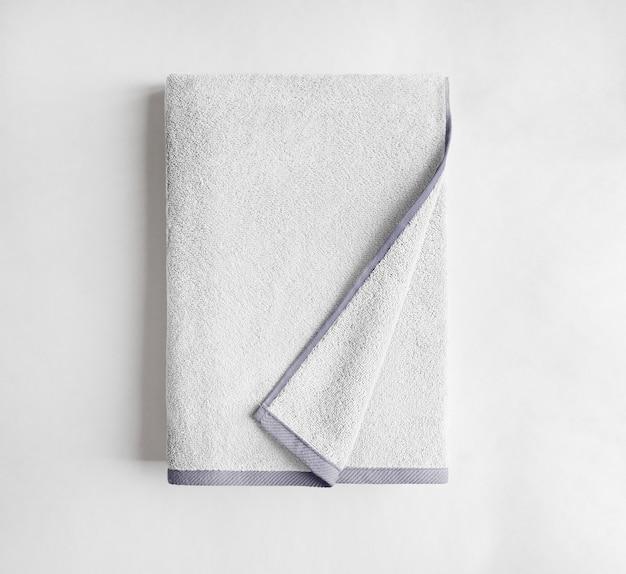 Vue de dessus de serviette éponge blanche