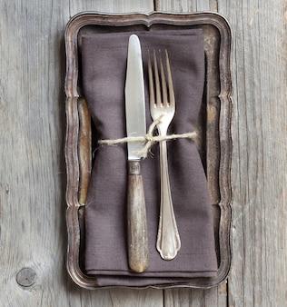 Vue de dessus de table vintage gris