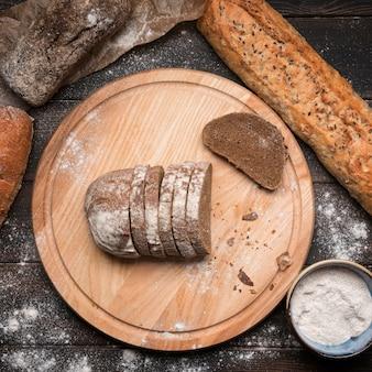 Vue de dessus des tranches de pain