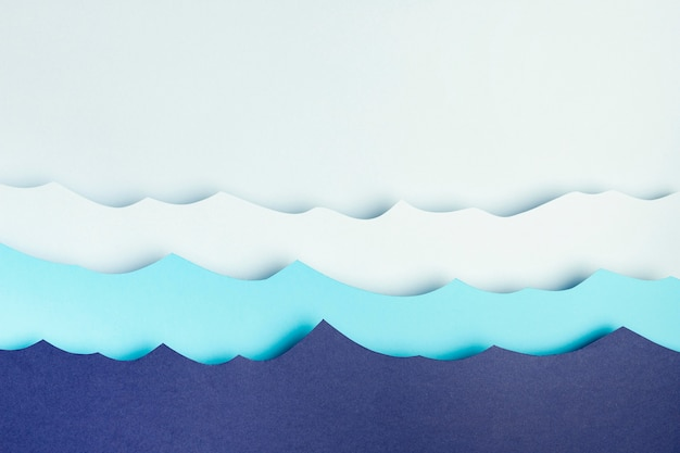 Vue de dessus des vagues de l'océan en papier