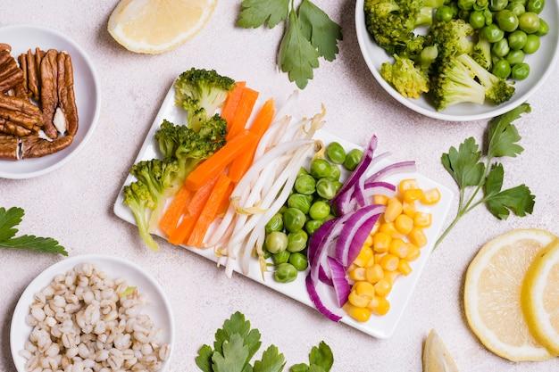 Vue de dessus de la variété des aliments de santé