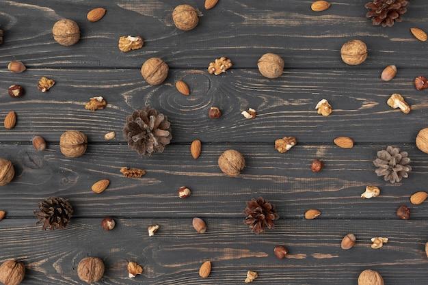 Vue de dessus d'une variété de noix