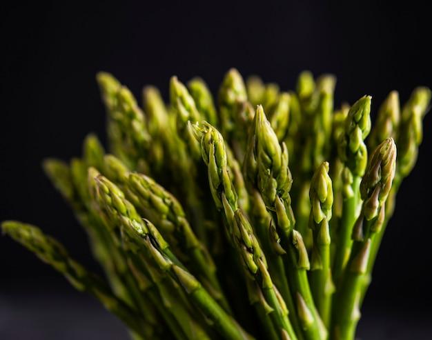Vue de dessus végétalienne asperge art vert