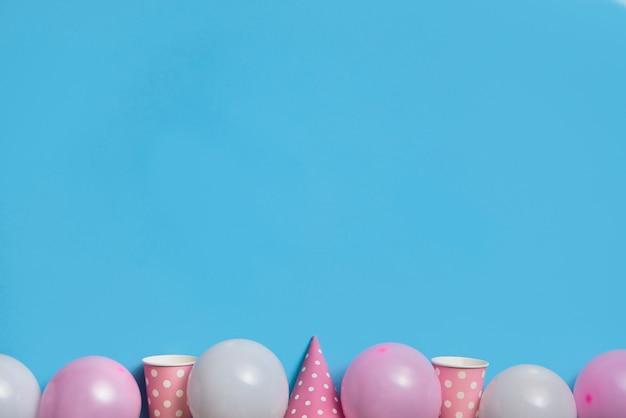 Vue de dessus vêtement de table de fête couleur pastel