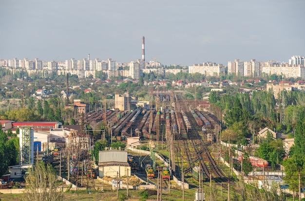 Vue de dessus de la zone industrielle d'odessa, ukraine