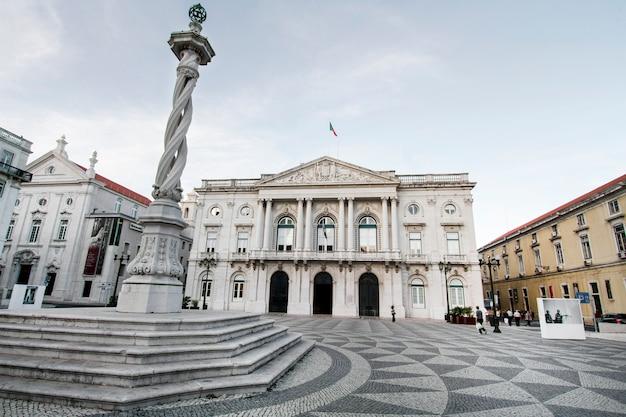 Vue du bâtiment de l'hôtel de ville situé à lisbonne, au portugal.