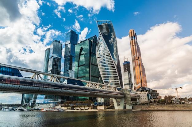 Une vue du centre d'affaires international de moscou