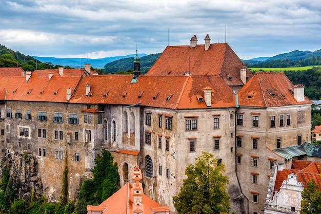 Vue du château de cesky krumlov. république tchèque