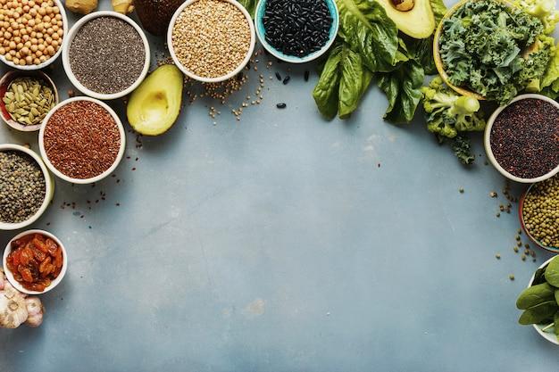Vue d'ensemble de l'ensemble des aliments sains manger sainement