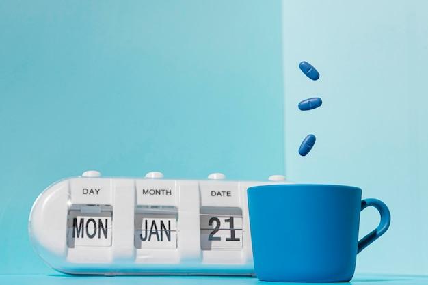 Vue de face du concept de lundi bleu